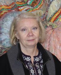 Olena-Vladyslavivna-dotsent-kafedry-dyzainu-Zasluzhenyi-khudozhnyk-Ukrainy
